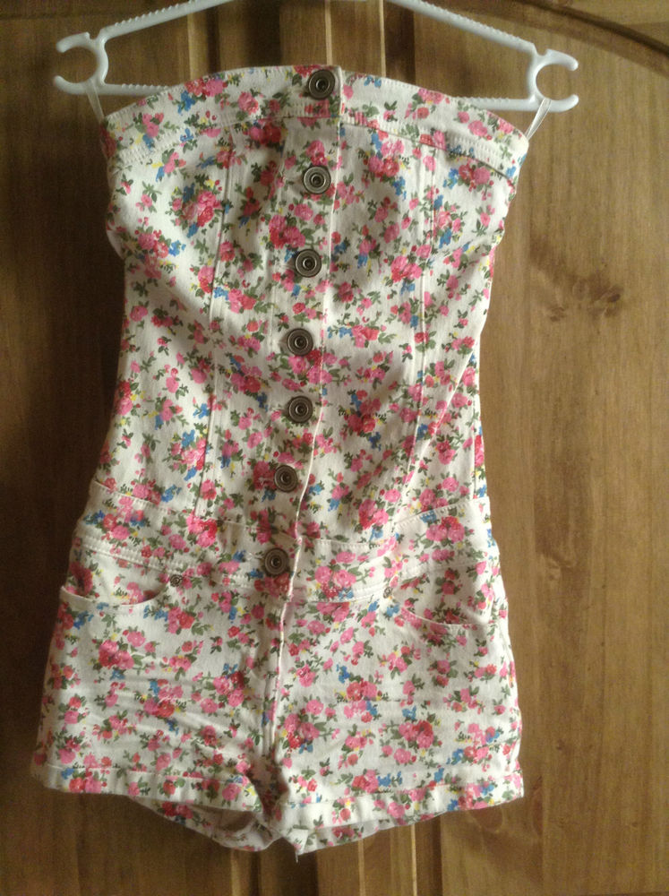 New look pink white floral denim playsuit romper jumpsuit flowers ditsy button
