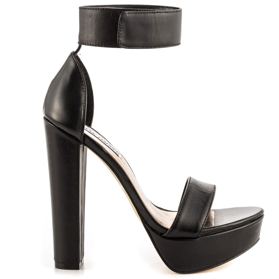 Cluber - Black Leather, Steve Madden, 99.99, FREE 2nd Day Shipping!