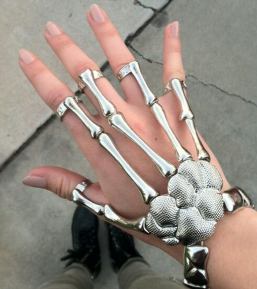 jewels bones rings accessory braclet wrist fingers silver ring bracelet skeleton jewelry hand jewelry cool awesome awesomness chic bracelet, rings, silver, punk