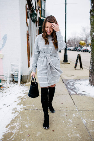 sequins and stripes blogger dress shoes bag jewels boots over the knee boots thigh high boots handbag grey dress winter outfits