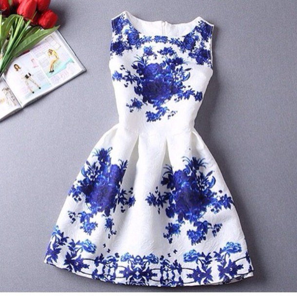 blue dress white dress short dress floral dress holiday dress dress skater white floral dress blue white dress formal dress formal party dresses fashion cute dress floral floral dress blue flowers floral china pattern