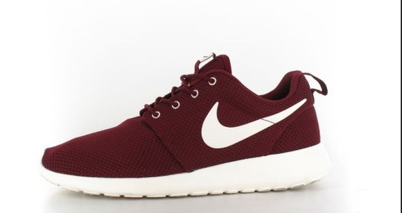 shoes red bordeaux nike roshe run