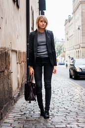 chaloth,blogger,jeans,jewels