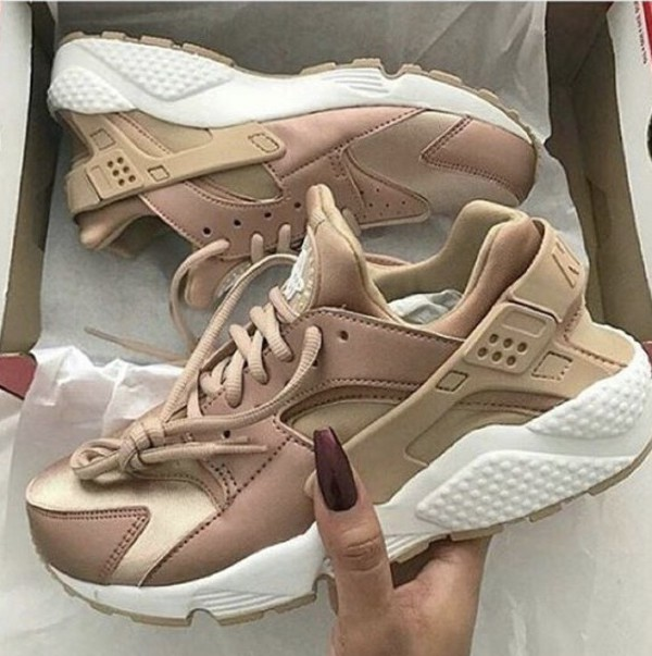 NIKE WMNS W'S AIR HUARACHE RUN SE ROSE GOLD 859429 900 2016