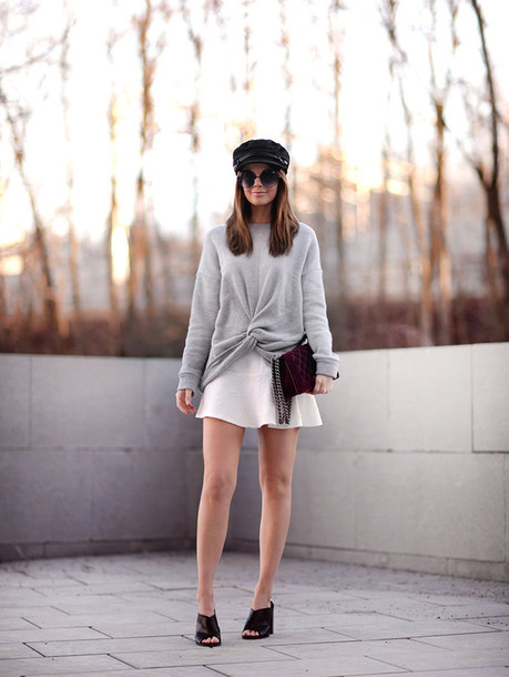 stylista blogger sweater skirt bag shoes sunglasses