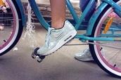 shoes,nike,metallic