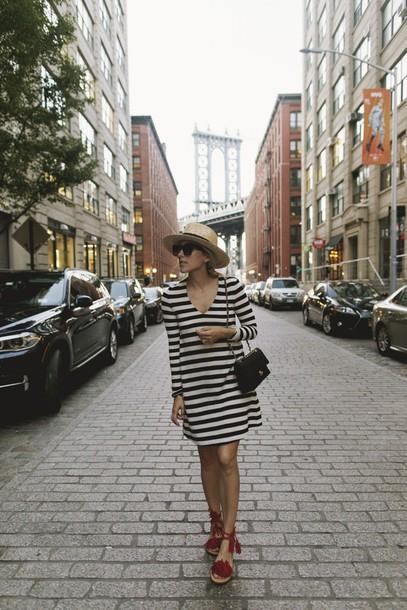 damsel in dior blogger dress hat shoes bag