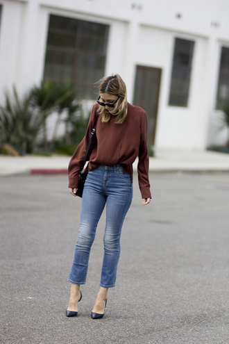 the fashion sight blogger jeans sunglasses blouse