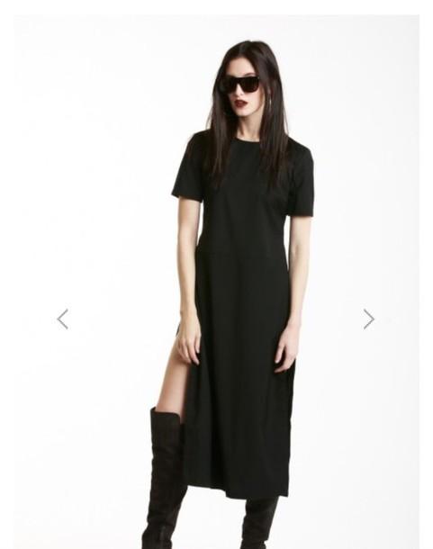 blouse black tunic black dress long black dress dress slit dress slit maxi dress sunglasses black boots all black everything