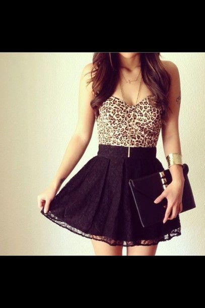skirt dress black lace leopard print shirt blouse tights top black skirt crop tops cute clothes leopard print leopard print skater skirt leopard crop top with blackk skater skirt bag leopard print lace skirt short studs