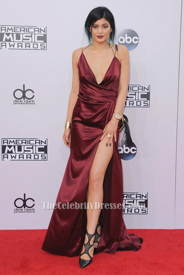superb kylie jenner red carpet outfits 9
