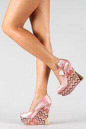 shoes,platform shoes,pink