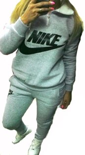 sweater,grey,gray shirt,grey pullover,winter jacket,nikek logo letters,nike letters,grey sweatpants,grey sweater,greys,gray sweats,grey jogging,sweatpants,joggers,joggers pants,casual,casual set,casual suit,sport suit,sportswear,grey sports suit,preppy,tights,nike tights,nike,blouse,jumpsuit,romper,nike sweater,nike sweatpants,grey nike jogging,grey nike,gray nike logo,nike logo,winter sweater,warm fleece,dope letter one piece swimsuit,black letters t-shirt,letter sweater