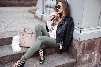 kenza blogger sunglasses strappy sandals heels black leather jacket skinny pants fashion purse nude bag