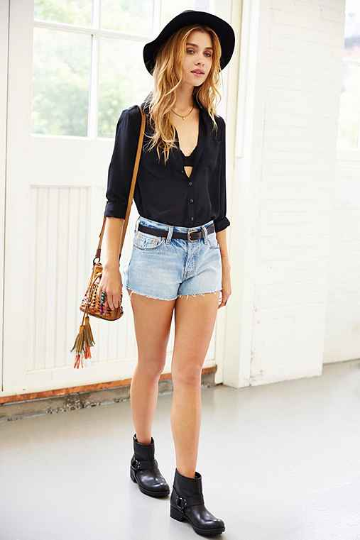Levis 501 Slash Cutoff Short - Urban Outfitters