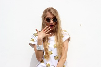 t-shirt yeah bunny cute foldedsleevs cotton crown princess blonde hair etsy sunglasses