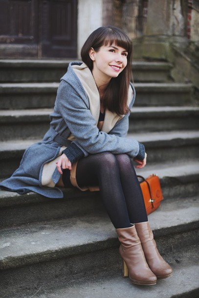 kapuczina blogger brown leather boots grey coat coat sweater dress shoes bag