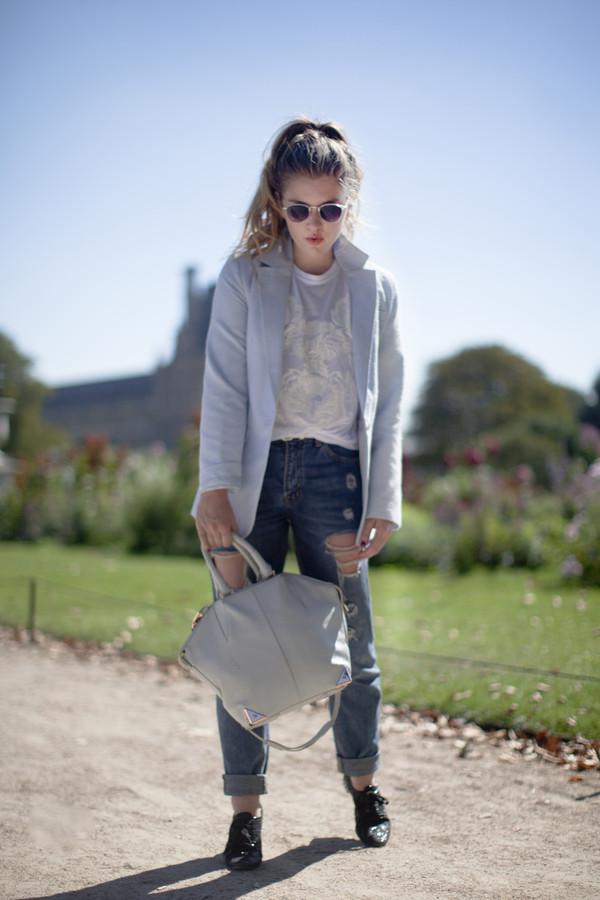 fab071cc25 making magique sunglasses shirt jacket jeans bag shoes.