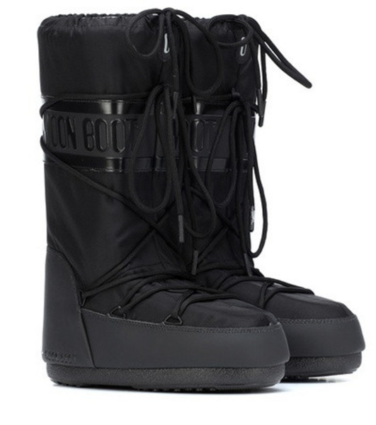 Moon Boot Classic Plus snow boots in black