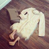 coat,jacket,fur,faux fur,feathers,girly,fashion,ootd,wiwt,fashionista,style,stylish,fashion blogger,style blogger,blogger style