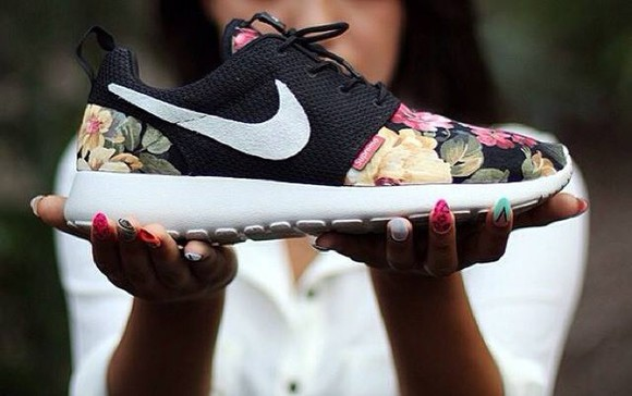 floral black shoes nike roshe run nike