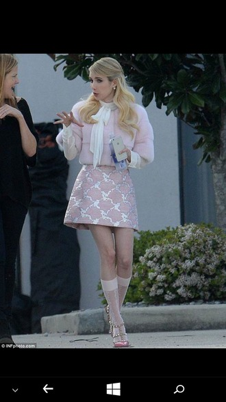 skirt scream queens pastel pastel pink pink fur coat white top pink skirt metallic silver valentino valentino shoes studded blonde hair wavy hair knee high socks light pink