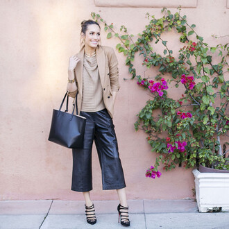 louise roe blogger beige sweater culottes leather pants black culottes leather culottes sweater blazer beige blazer bag black bag tote bag high heels black high heels fall outfits work outfits