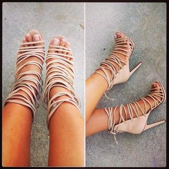 shoes same colour