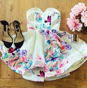 www.ebonylace.net,ebonylacefashion,dress,flowers,floral dress,white,color/pattern,pink dress,white dress,blue dress,girly,fashion,short dress,summer dress,tender dress,patterned dress,printed dress,floral,multicolored print,multicolor print,strapless dress,strapless,sleeveless,tube dress,sweetheart dress,sweetheart neckline,sleeveless dress,mini dress,beautiful,elegant,party,heart dress,classy,flowy dress,flower print skater skirt,bustier dress,white with pink and blue flowers,fleurie,mignon,classe,swag
