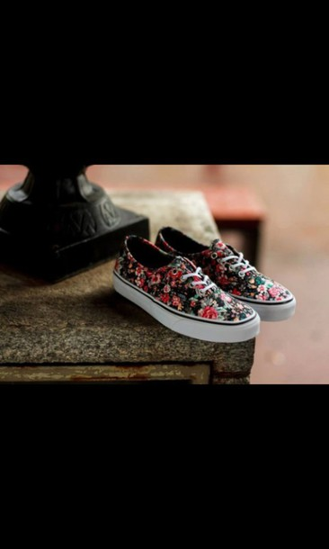 shoes flowered shorts vans flowers