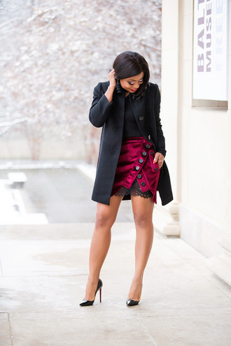jadore-fashion blogger skirt top coat shoes black coat pumps mini skirt dance skirt