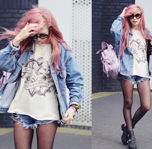 sunglasses hair pink shorts black shoes jeans glasses hipster swag nail polish t-shirt pastel hair pink hair