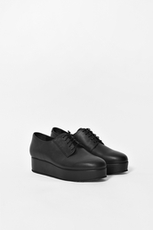 black shoes,creepers,black leather,shoes,platform shoes