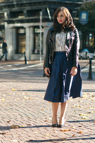 coco and vera blogger white t-shirt midi skirt perfecto