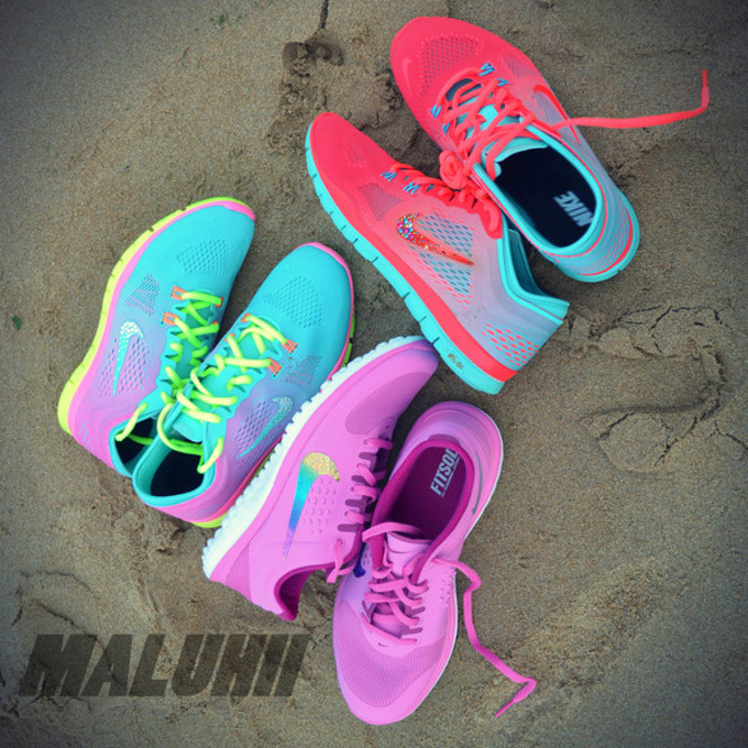 Size C Girls Nikes Tennise Shoes Blue Pink And Green