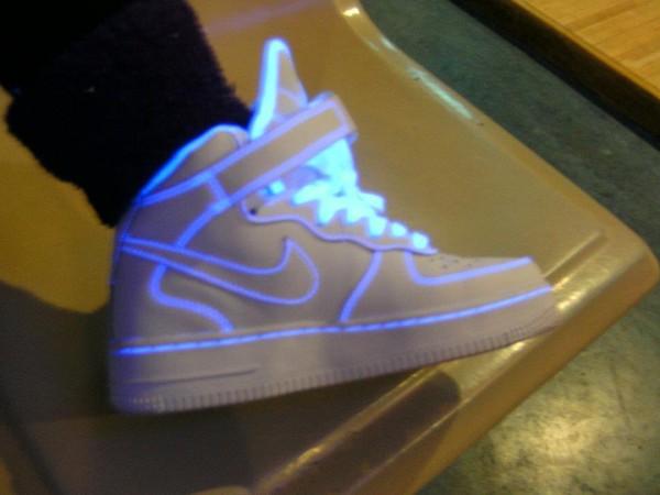 shoes nike shoes nike nike air force 1 white hightop glow in the dark high top sneakers glow in the dark blue high top sneakers sneakers
