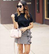 skirt,tumblr,mini skirt,gingham,gingham skirt,ruffle,bag,t-shirt,black t-shirt,sunglasses