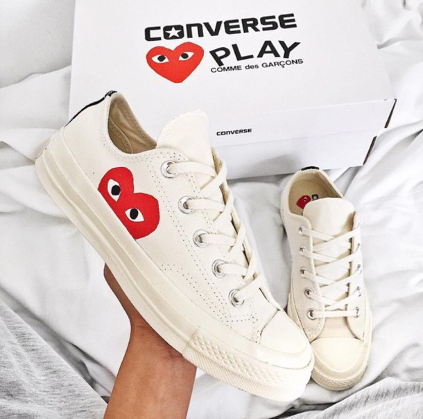 cdg converse white low
