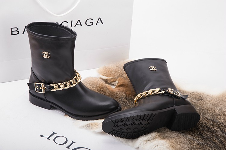 Ankle Boots Gold Chain Front Black Leather Cap Toe : Replica ...
