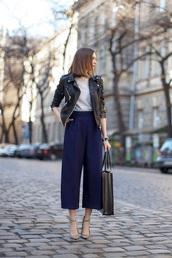 le fashion image,blogger,culottes,blue pants,black leather jacket