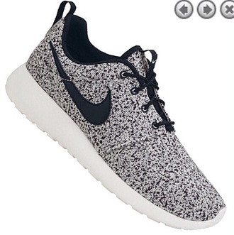 shoes nike run nike roshe run running shoes black an white speckled print speckled nike roshe run