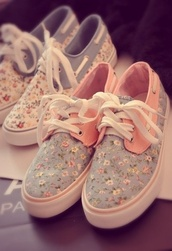 shoes,floral,boat,boat shoes,print,sneakers,flowers,blue,pink,vintage,love,best,vans,cute shoes,easy fit,printed vans,girly,pastel,floral vans,possible,tumblr shorts,liberty,floral shoes