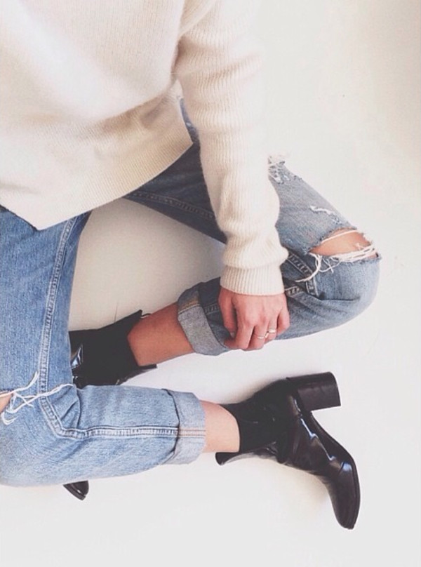 jeans ripped ripped jeans denim jeans ripped jeans blue jeans boyfriend jeans sweater white sweater white soft sweater knitted sweater angora sweater shoes boots shiny boots leather boots shiny shoes leather shoes heels tumblr fashion trendy basics basic jeans basic spring washed denim light denim vintage