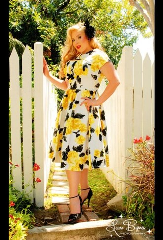 dress white vintage flowers pin up vintage re-creation yellow