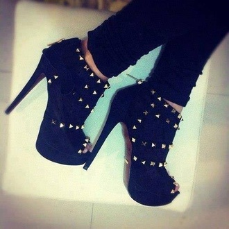 shoes spiked shoes shirt heels booties ankle studed boots high ankle boots ankle boots studed
