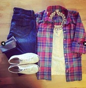 top,jeans,blouse,jewels,floral top,white top,shirt,outfit,shoes,cardigan,necklace,jewelry,button up