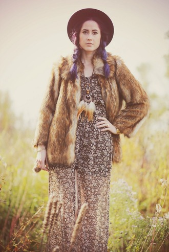 blogger jewels like a riot folk boho faux fur dreamcatcher dreamcatcher necklace