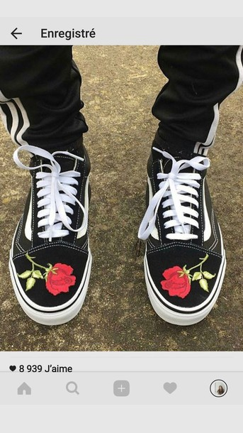 b883aac88d shoes vans old skool vans old skool roses roses red roses black vans black  red vans