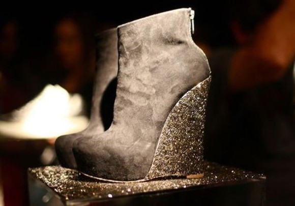 glitter boots shoes suede suede shoes suede heels zip-up wedges wedge heel glitter heel shoes grey heels