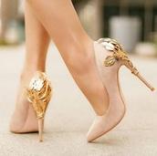 shoes,black,high heels,heels,pretty heels,black heels,cream high heels,nude heels,lace up heels